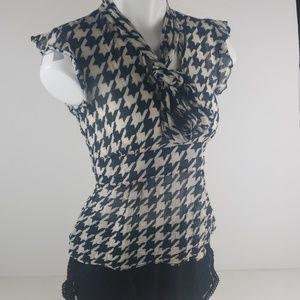 Zara Women black and white blouse shirt size small